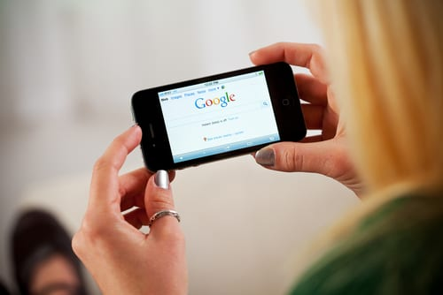 """Is Your Site At Risk? """"Mobile Friendly"""" to Become Google Ranking Factor Starting April 21, 2015"""