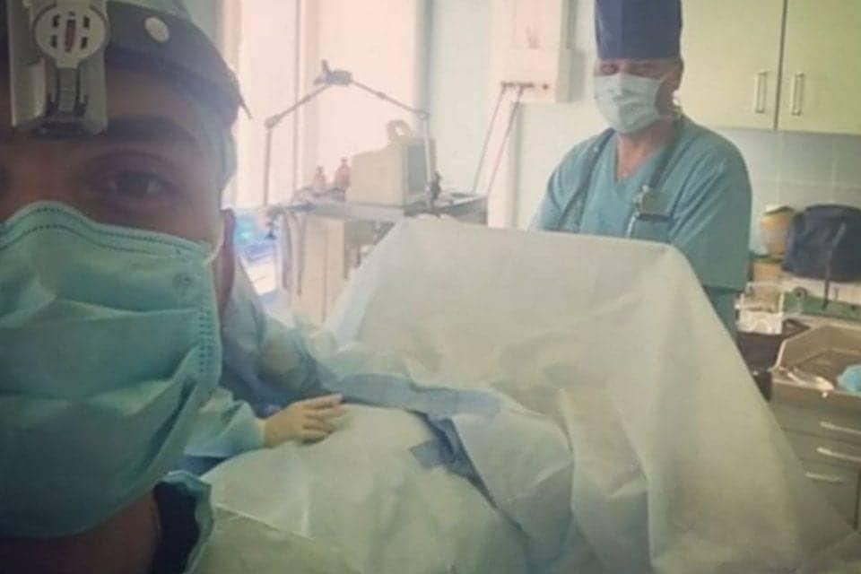 Selfie Surgeon