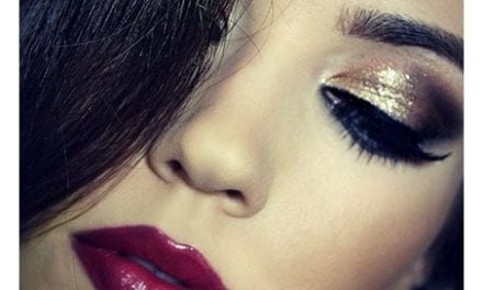 Dermatologist, Others Caution Women On Effects of Make-Up