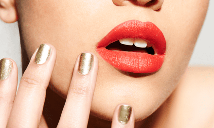 "The ""No Touch Technique"" Might Be the Quickest And Most Painless Way to Get Fuller Lips"
