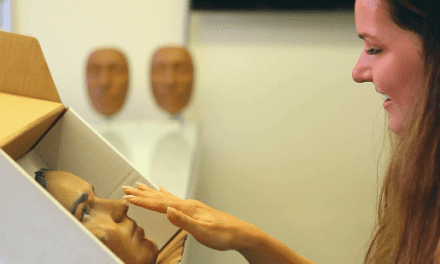 3D Scanning and 3D Printing Give Plastic Surgery Patients a View of Their Future Selves