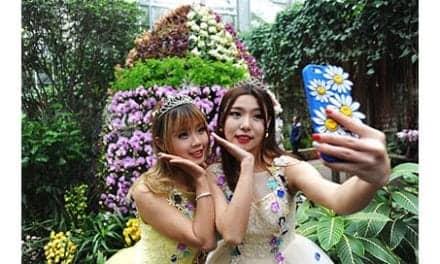 Fuller Lip Trend: Selfie Queens Going For Lip Surgery
