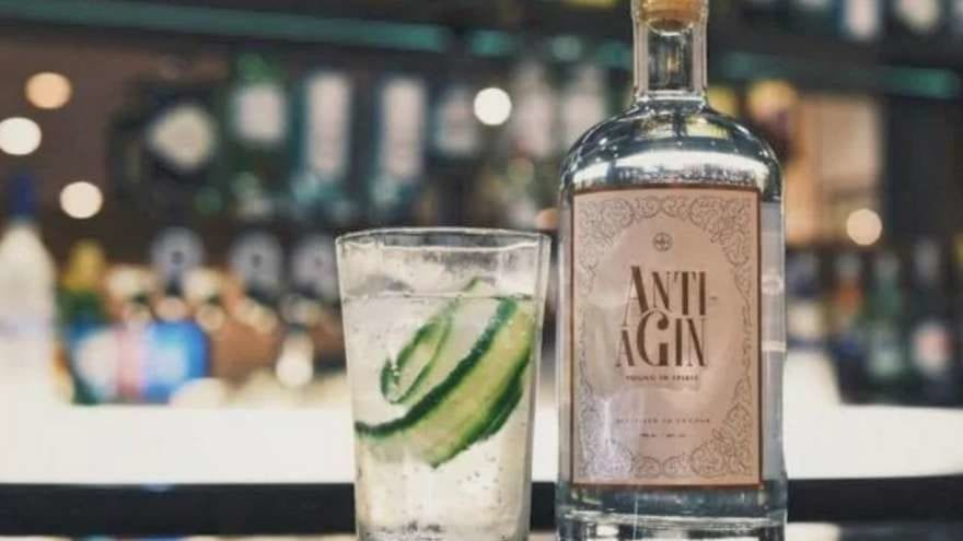 Farewell Wrinkles! This Anti-Aging Gin Will Change Our Lives Forever