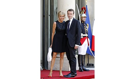 How Does Macron's Wife Defy Her Age?