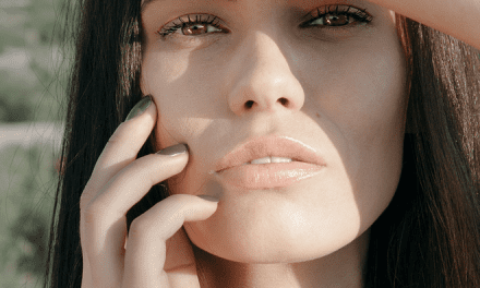 3 Expert-Approved Ways to Get Rid of Stubborn Fat Under Your Chin
