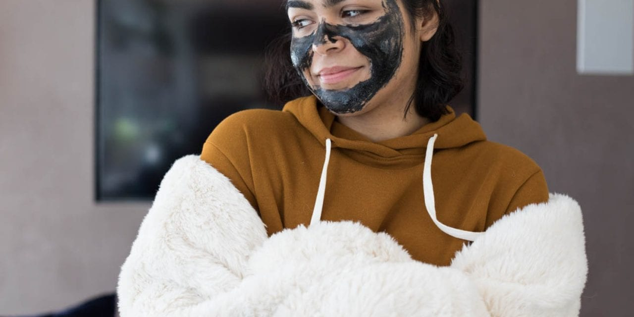 10 Skin Mistakes You Make During The Holidays, According To Dermatologists
