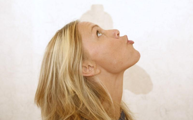 Yoga Face-Toning Might Compete with Fillers and Facelifts