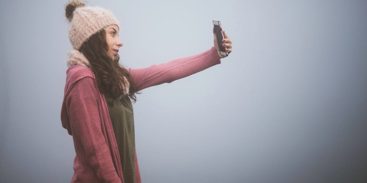 The Connection Between Plastic Surgery, Depression and Selfie Culture