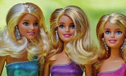 People Who Want to Look Like Barbie, Ken Need Psychotherapist – Plastic Surgeon