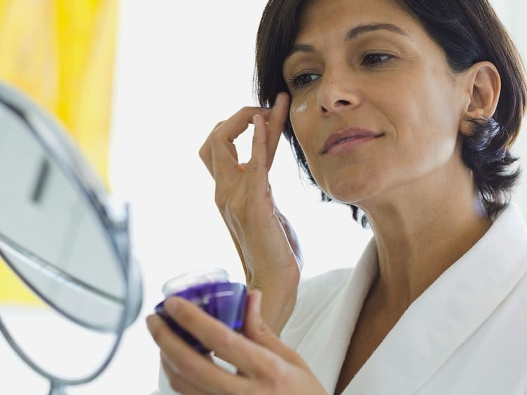 4 Skin-Care Ingredients That Simultaneously Treat Acne and Signs of Aging