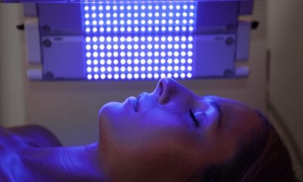 Virtual Patients and In Silico Clinical Studies Improve Blue Light Treatment for Psoriasis