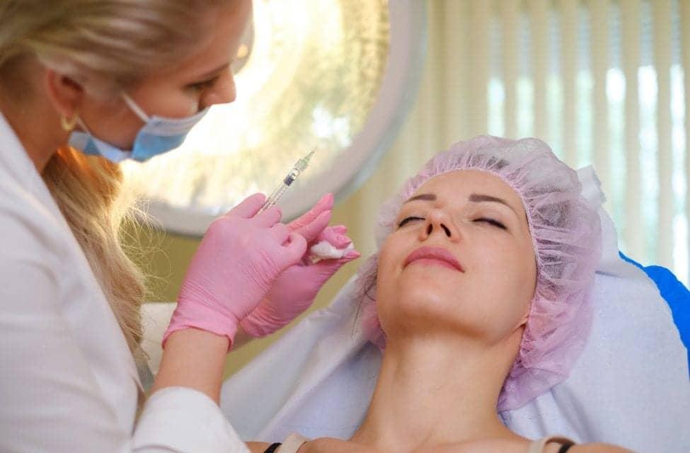 FDA Approves Juvéderm VOLUMA XC For Mid-Face Injection Via Cannula