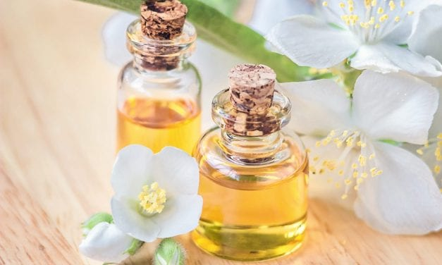4 Essential Oils to Try for Psoriasis, According to Dermatologists