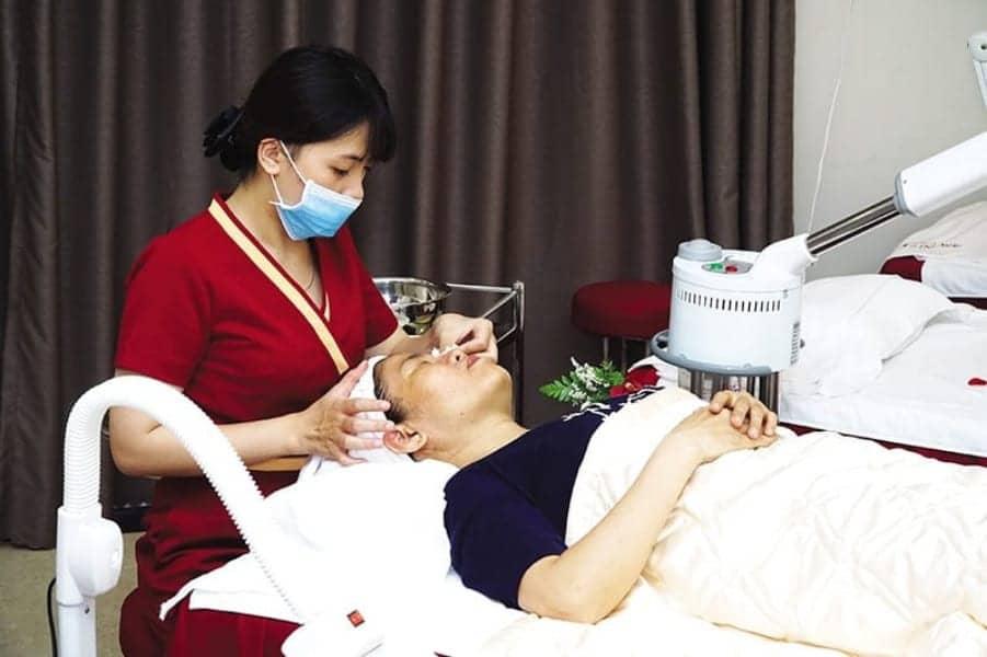 Cosmetic Incidents Raise Legal Debate