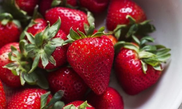 What to Know About Strawberry Legs, According to a Dermatologist