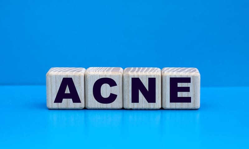 Dark-Skinned Teens, Females Prime Targets of Acne's Psychological Fallout