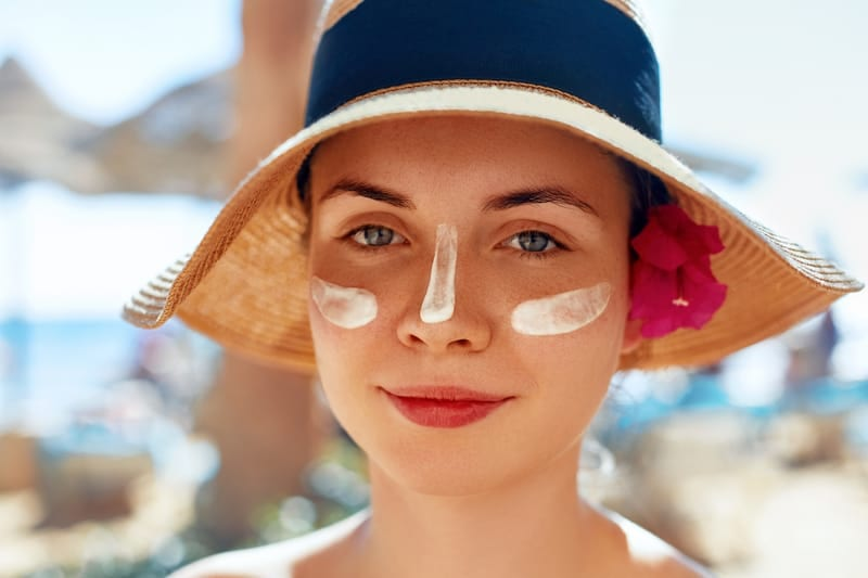 """""""Sunscreen Contouring"""" Is More Dangerous Than You Think — Here's Why"""