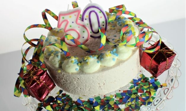 What Does 30 Look Like Now We've All Lost Touch With Ageing?